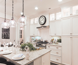 Ordinaire ... Into A Reality Requires A Breadth Of Choices To Match Your Imagination  And A Range Of Prices To Match Your Budget. Cabinets Direct USA Provides  Both.